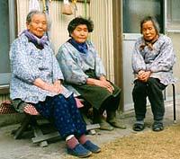仲良し3人組みのおばあちゃん